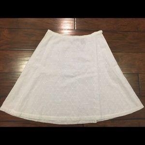 New York & Co white eyelet skirt size 8